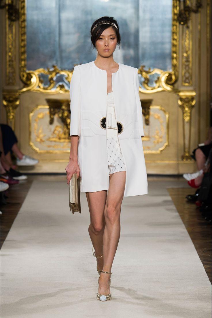 Sfilata Elisabetta Franchi Milano - Collezioni Primavera Estate 2015 - Vogue