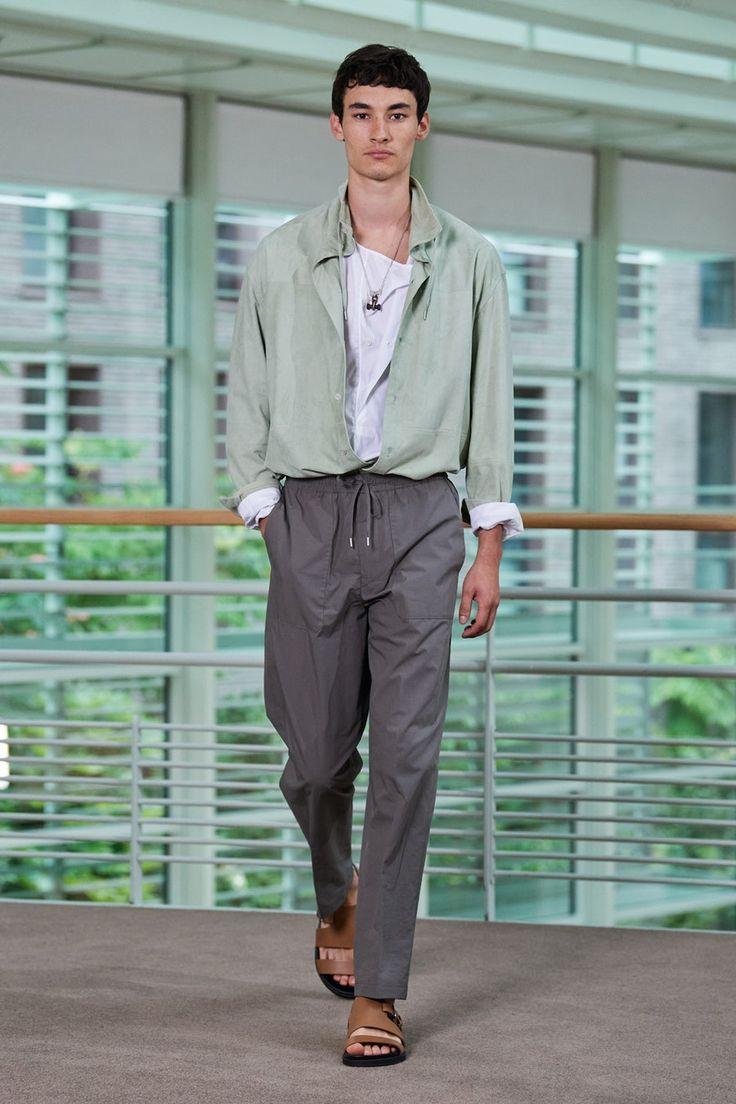 Hermès Spring 20 Menswear collection, runway looks, beauty ...