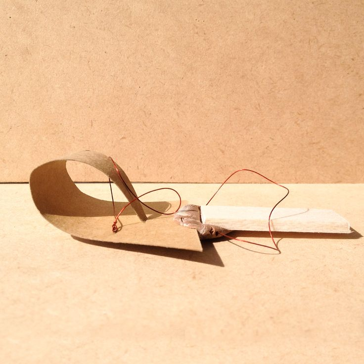exercise five / model R: balsa wood, brown paper and wire