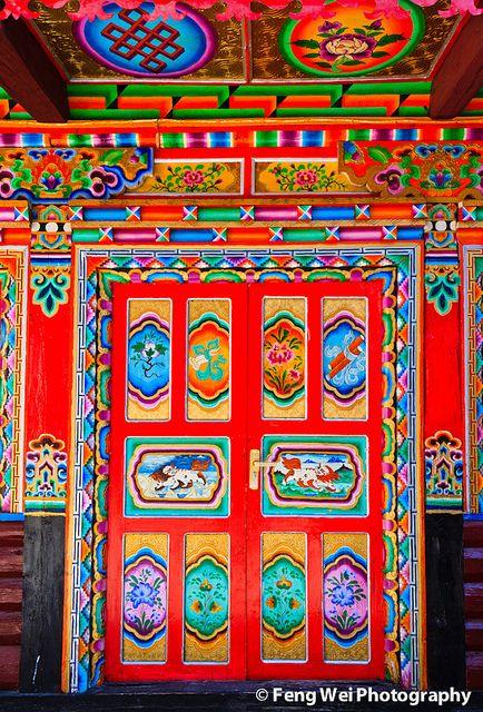 Door in Tibet, colorful - Architecture Photos