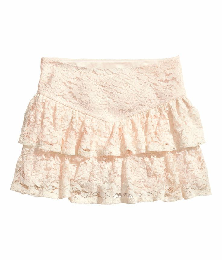 Short tiered lace skirt. #HMPastels