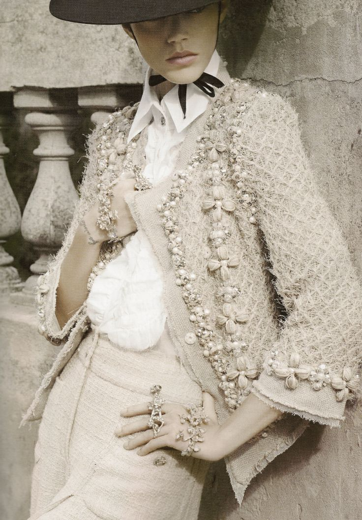Chanel Spring Summer 2010 collection. Gorgeous detail and texture. lefistnoir.com