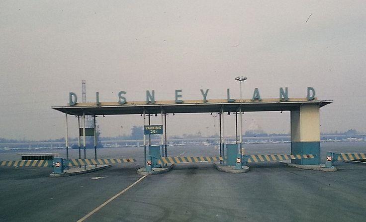 The entrance to Disneyland, 1965