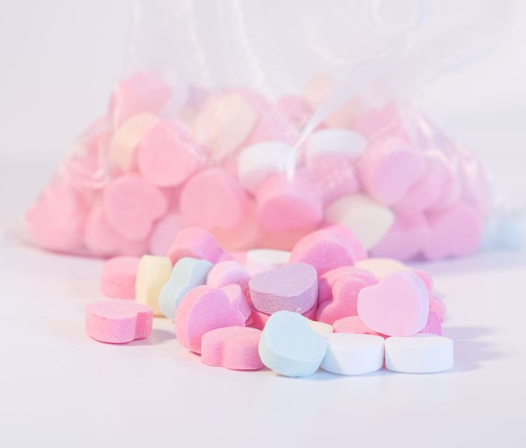 Candy heart background tumblr