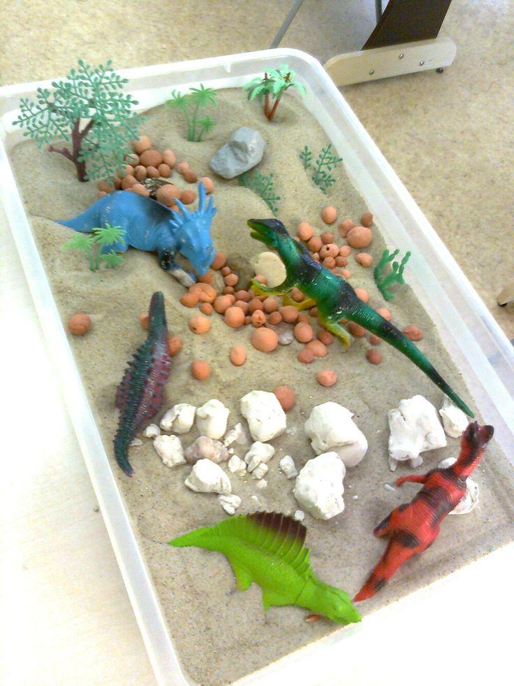 Сенсорная коробка Динозавры(школа Колыбелька Украина Одесса)