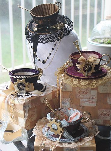 Could this be a more perfect form for a steampunk top hat? NO! Hats off (careful: don't drop them!) to Dolly Macbre