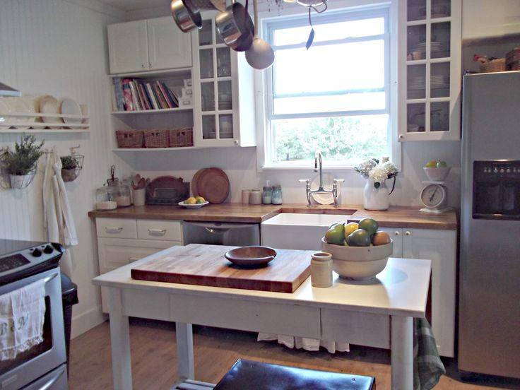 farmhouse look | ... matter where we live I know I can make my own farmhouse style kitchen
