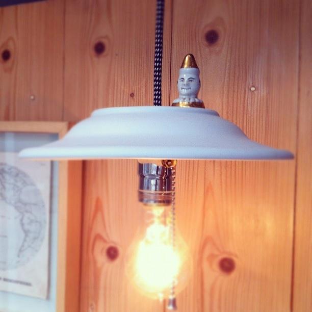 Luminária Prato com Palhaço by Caio Estudio Manus, via Flickr