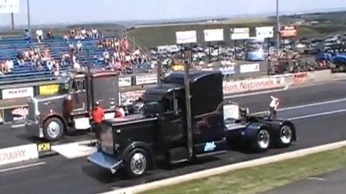 Video: Stock Peterbilt Vs Custom Peterbilt Race | CDLLife