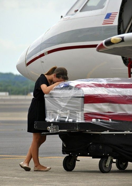 PHOTO: The Untold Story Behind Every Casualty Of War - Never forget the sacrifices our military and family make every day.  This is the ultimate sacrifice.