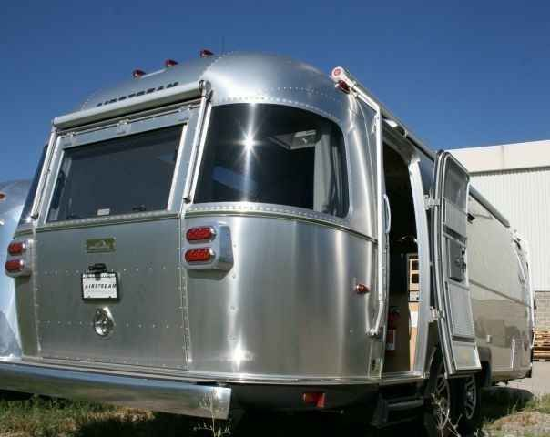 2015 Used Airstream Eddie Bauer Travel Trailer in Utah UT.Recreational Vehicle, rv, This virtually new 2015 25 Eddie Bauer, purchased May 2015, comes with everything available from Airstream plus a factory installed two panel solar charging system, 1000W inverter, full 3 awning package and Blue Ox Sway Pro hitch system totaling over $6000 in extras! This beautiful trailer has only been used for four nights while being transferred from Oregon to Utah, and has less than 900 miles on it…