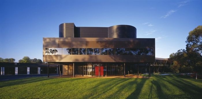 https://www.google.com.au/search?safe=active&hl=en&site=imghp&tbm=isch&source=hp&biw=1366&bih=635&q=Postmodernist%2Fdeconstructivist+architecture+in+Australia&oq=Postmodernist%2Fdeconstructivist+architecture+in+Australia&gs_l=img.3...1727.1727.0.2240.1.1.0.0.0.0.247.247.2-1.1.0....0...1ac..64.img..0.0.0.3mYsMLabz9k#safe=active&hl=en&tbm=isch&q=+australian+Postmodernist%2Fdeconstructivist+architecture+in+Australia+perth&imgrc=Om0VuLSy5Ex-KM%3A