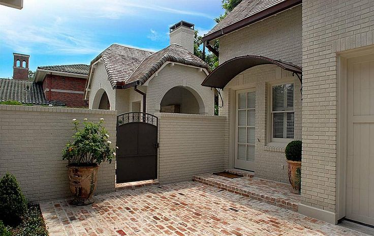 LoveDoors, South Blvd, Guest House, Exterior Ideas, Bricks, Architecture, Gates, Awning, 1611 South