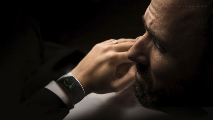 Moment Watch on Kickstarter - The technology you want on your wrist