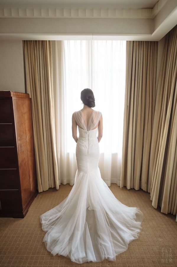 Glamorous Washington DC Wedding Takes Over an Art Museum - MODwedding