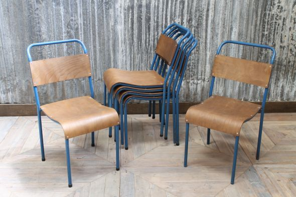 These vintage blue metal stacking chairs are available as part of our range of stacking chairs #blue #stackingchairs #chairs #seating #bluemetal #burntwood #staffordshire #stackingchairrange