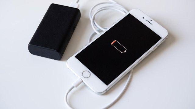 Wann Eine Powerbank Gefahrlich Werden Kann In 2020 Smartphone Akku Smartphone Neue Iphone