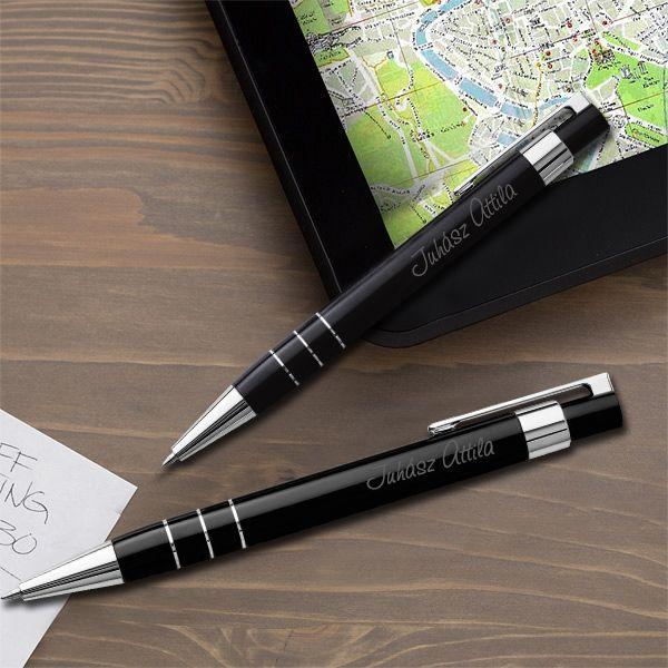 Lakozott gravírozott tollkészlet tolltartóval - fekete