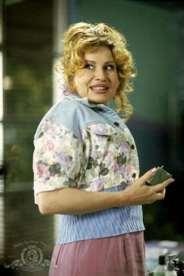 Paulette, Legally Blonde