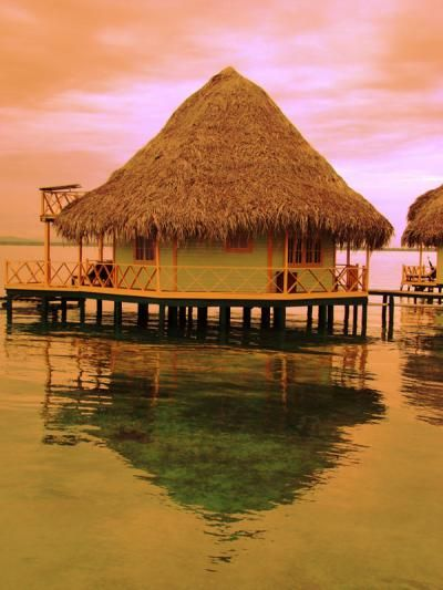 Honeymoon Deals: Overwater bungalow - Punta Caracol Acqua Lodge, Panama