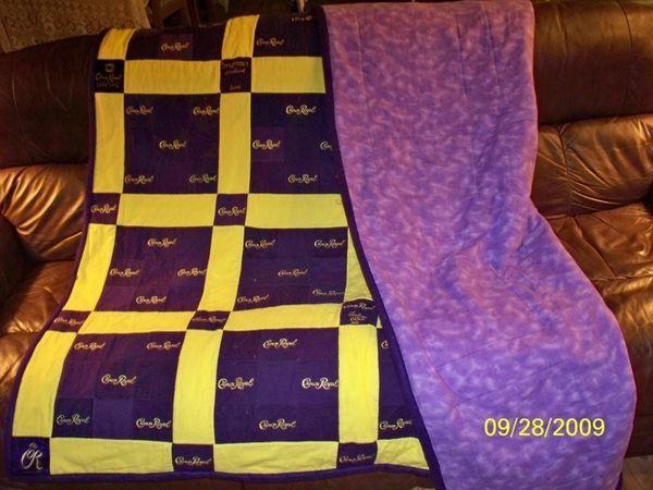 10 Best images about Quilts on Pinterest | Quilt, Crown royal bags ... : quilt made from crown royal bags - Adamdwight.com