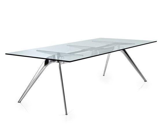 Dining tables | Tables | T-No.1™ | Fritz Hansen | Todd Bracher. Check it out on Architonic