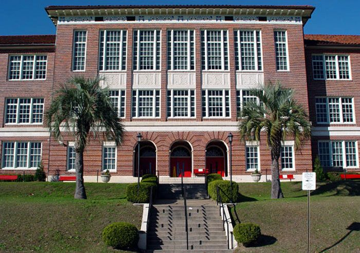 The 28 Most Beautiful High School Campuses in Florida