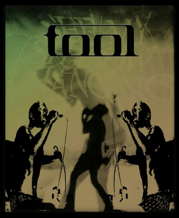 Tool, arguably one of the greatest bands in America & they sound incredible in concert!  ♥