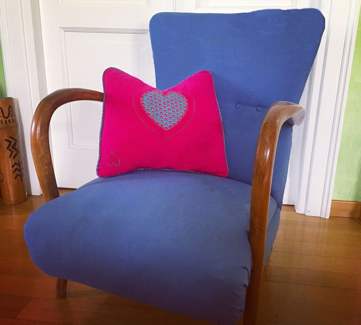 How to sewing cushion with pipeline