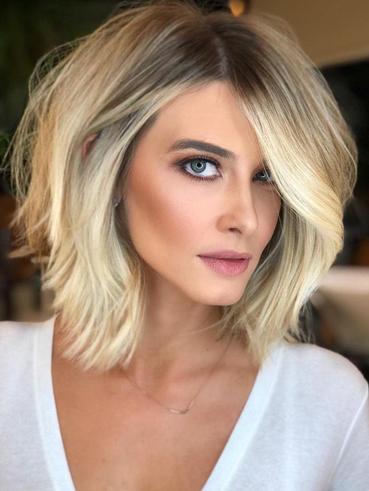 Kurzer Haarschnitt Mit Schichten Und Volumen Blondes Haarschnitte Shorthair Einfach Frisuren Haarschnitt Kurzhaarfrisuren Feine Frisuren