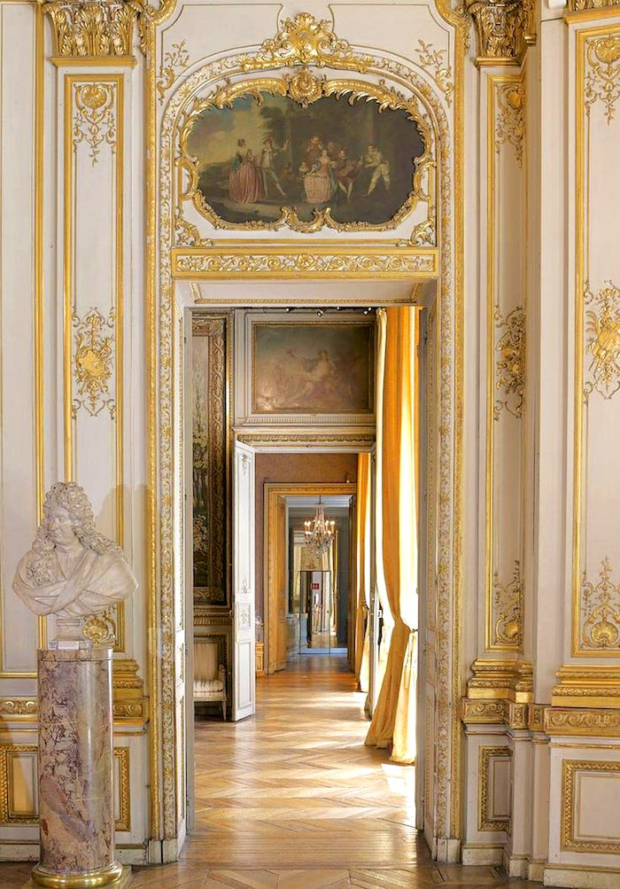 17 best images about gilded grandeur rococo and baroque for Pareti salone