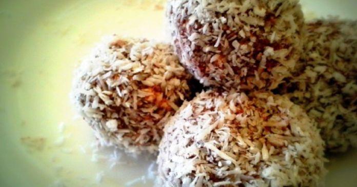 Vianočné cukrovinky bez výčitiek a bez práce. Tieto guľôčky sú hlavne z banánov a tvarohu . Ovsené vločky potom dodajú vlákninu a kakao príjemnú čokoládovú chuť. Zdravé maškrty nikdy neboli jednoduchšie.🙂 Potrebujete 350 ml tvarohu 1 stredne zrelý banán 1 a 1/2 lyžice kakaa 1 a 1/4 hrnčeka drvených ovsených vločiek 2/3 hrnčeka strúhaného kokosu Postup Roztlačte alebo rozmixujte banány
