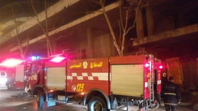 حريق داخل منزل في العاقبية بتوقيت بيروت أخبار لبنان و العالم In 2020 Trucks Vehicles