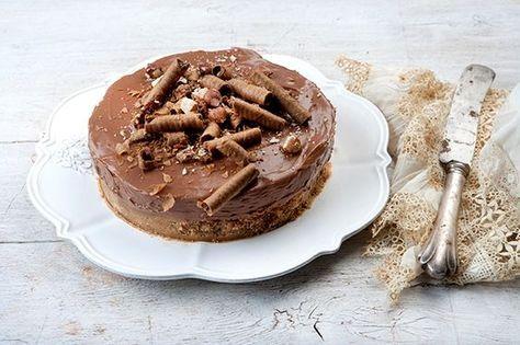 Nutella cheesecake από την Αργυρώ Μπαρμπαρίγου   Συνταγή από το διάσημο cheesecake factory στην Αμερική! Έχεις σχέση αγάπης με την πραλίνα; Φτιάξ΄το τώρα!