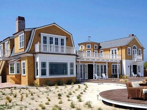 Santa Barbara Beach Club by Santa Barbara Exclusive Rentals - Luxury at its finest in this 5 Bedroom Ocean Front Home, Sits on a bluff with beach access and coastal views, daily housekeeping inlcuded, pool, spa, sauna, steam shower. Looking for a resort style home, SB Beach Club is a winner. Entertainment is easy fun for the whole family or corporate group. All 5 bedroom suites have ocean views and top quality linens throughout this vacation home.