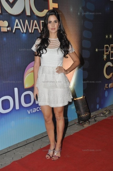 A girl who looks demure and seriously sexy at the same time would be an oxymoron, unless she is Katrina Kaif! At India's first edition of People's Choice Awards at Filmcity in Mumbai on Saturday, October 27, it was Katrina Kaif!