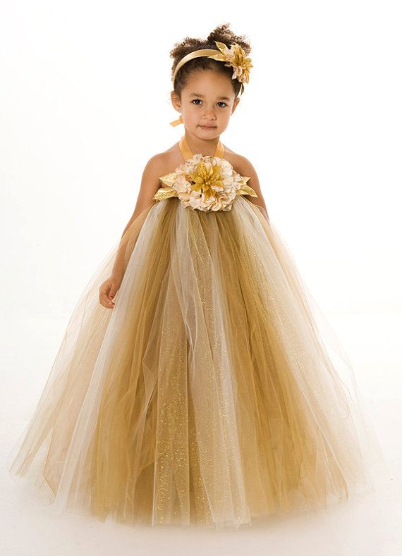 Maggie would freak out if she had a pretty princess dress like this!