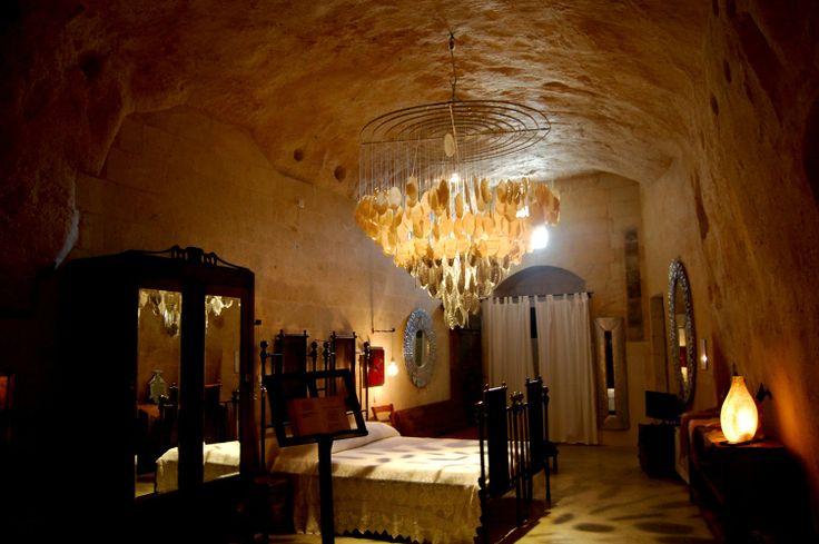 """La Corte degli Agostiniani         """"cave suite"""":"""