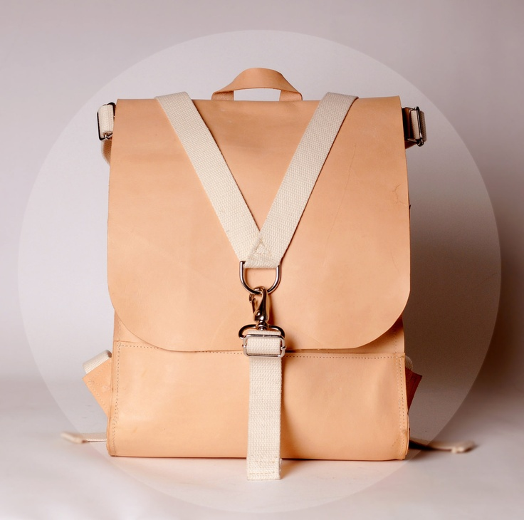 SACAGAWEA CARRYALL - Natural Vegetable Tanned Leather.