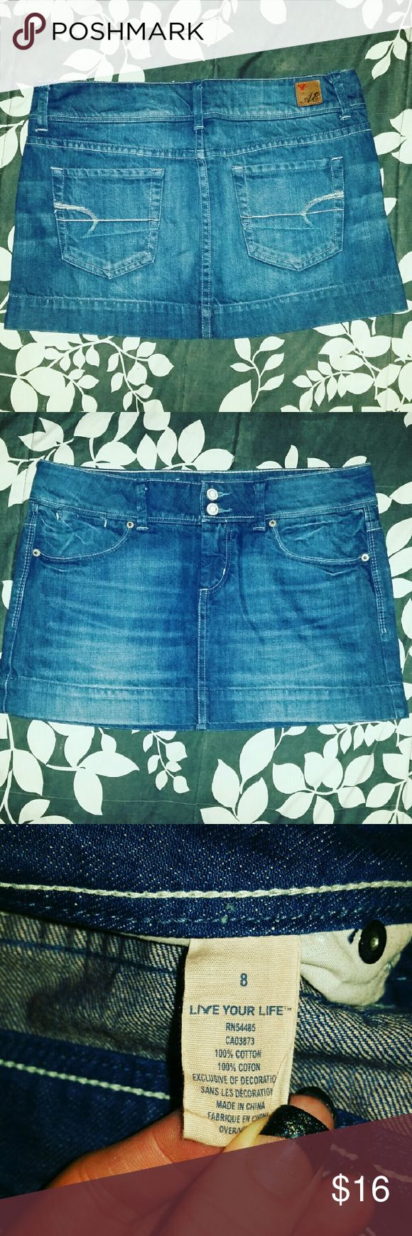 **American Eagle denim skirt** A cute Jean skirt is a must-have for every girl! EUC and totes adorbs! ;) Throw this on with a white tank and some wedges and you are GOOD TO GO and oh so cute!! Or if your feelin' extra frisky, throw some cowgirl boots and a cowgirl hat into the mix instead and a cute flannel over that white tank and BOOM! You got yourself a bad to the bone ensemble! ;) ;) American Eagle Outfitters Skirts Mini