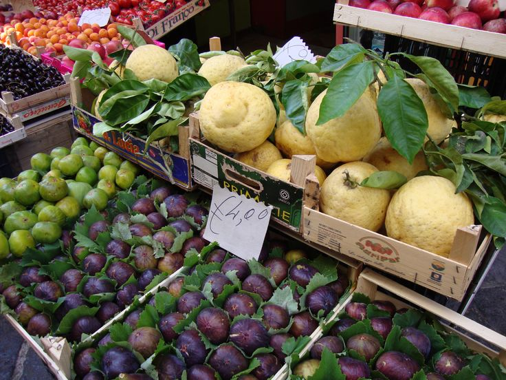 Naples / Sorrento, Italy - Mediterranean Cruise - lemons & figs
