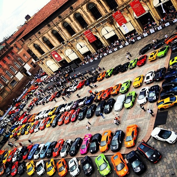 now thats a lot of lamborghinis