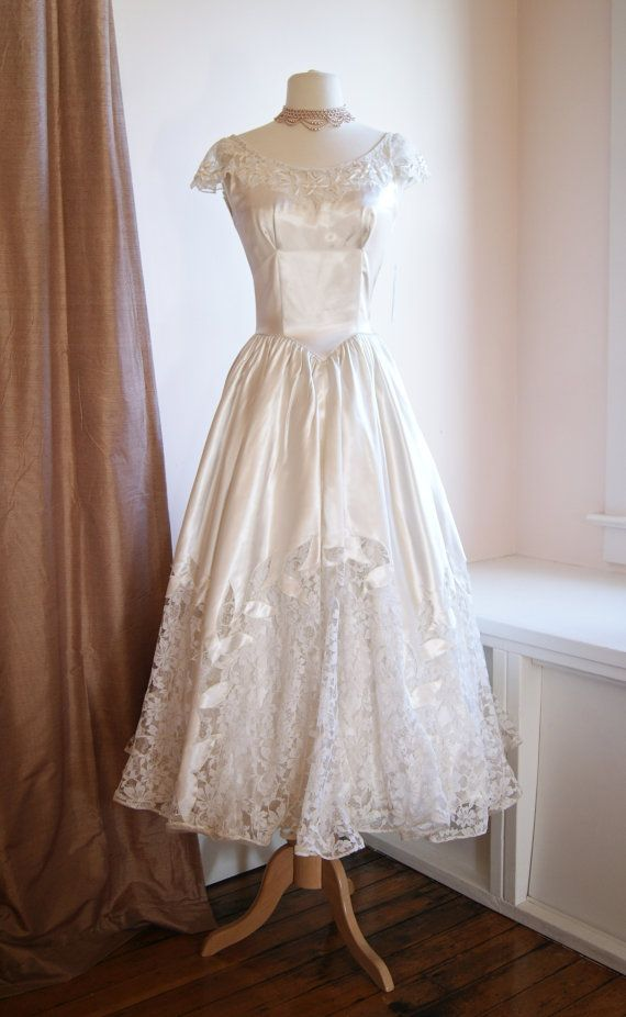 Vintage wedding dress 1940 39 s lace and satin tea length for Vintage wedding dresses tea length