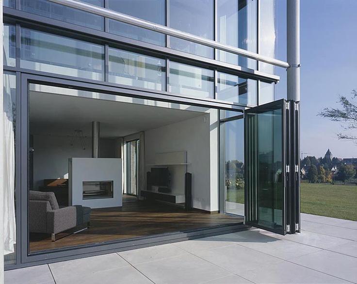 Met een glazen vouwwand wordt buiten binnen en andersom - Solarlux