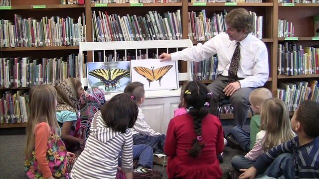 Ron Berger from EL Education demonstrates the transformational power of models, critique, and descriptive feedback to improve student work. Here he tells the story of Austin's Butterfly. First-grade students at ANSER Charter School in Boise, ID, helped Austin take a scientific illustration of a butterfly through multiple drafts toward a high-quality final product.  This video accompanies the book Leaders of Their Own Learning: Transforming Schools through Student-Engaged Assessment.