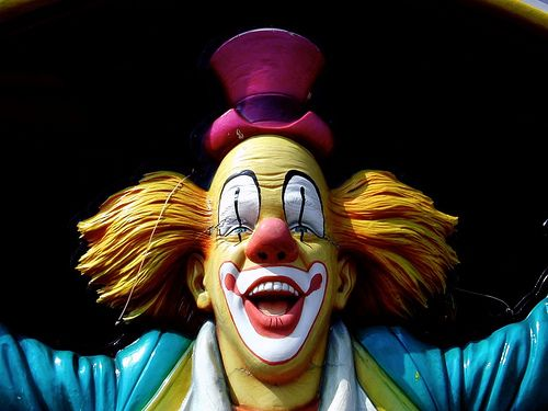 http://agitare-kurzartikel.blogspot.com/2012/08/klinki-der-clown-spa-nicht-nur-fur.html  Clown