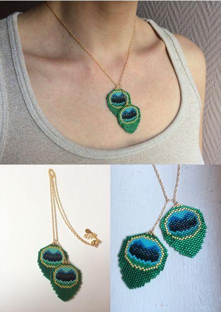 """Collier femme plumes de paon - collection """"Le Serpent à plumes"""" - tissés main en perles Miyuki delicas 11/0 avec finitions plaqué or 14 carats"""