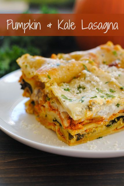 Pumpkin Kale Lasagna - A hearty dish filled with fall flavors like pumpkin and sage. Can be vegetarian, or chicken sausage may be added, if desired. | foxeslovelemons.com