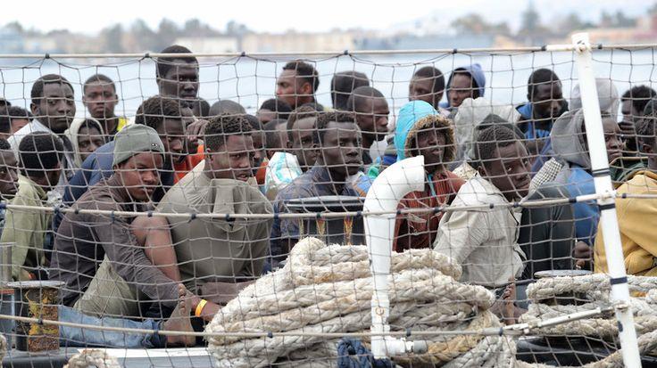 Die deutsche Regierung rechnet 2017 mit bis zu 400.000 Flüchtlingen aus Afrika. In den nächsten zehn Jahren sollen es gar 30 Millionen sein. Europa fehlt ein Konzept gegen den Zustrom. Ein Entwicklungsplan soll helfen, aber die Korruption steht diesem im Weg.