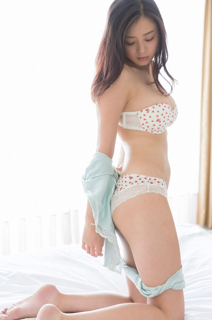 片山萌美 (Moemi Katayama)